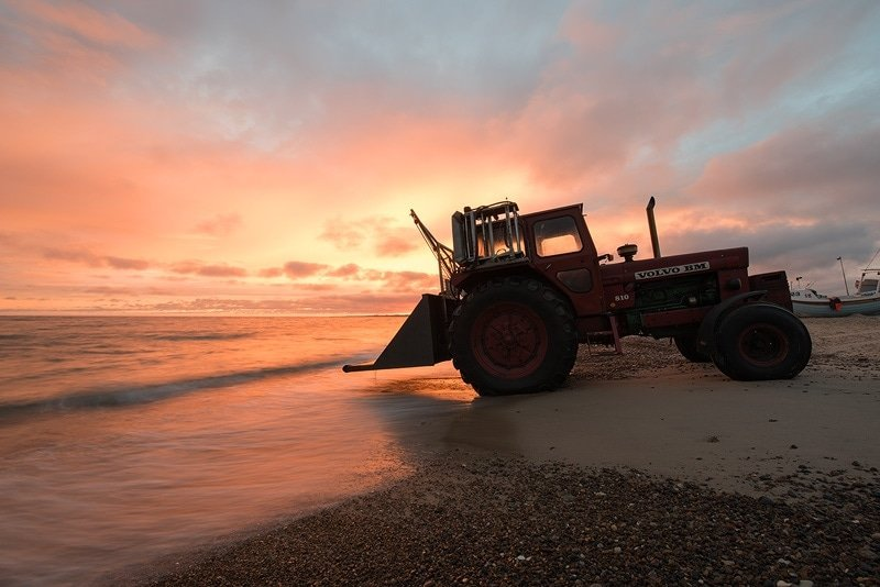 sunrise-tractor-before