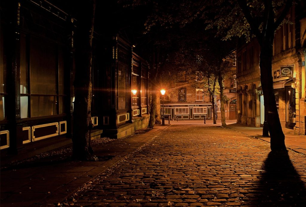 Using exposure compensation correctly allows you to take great photos at night