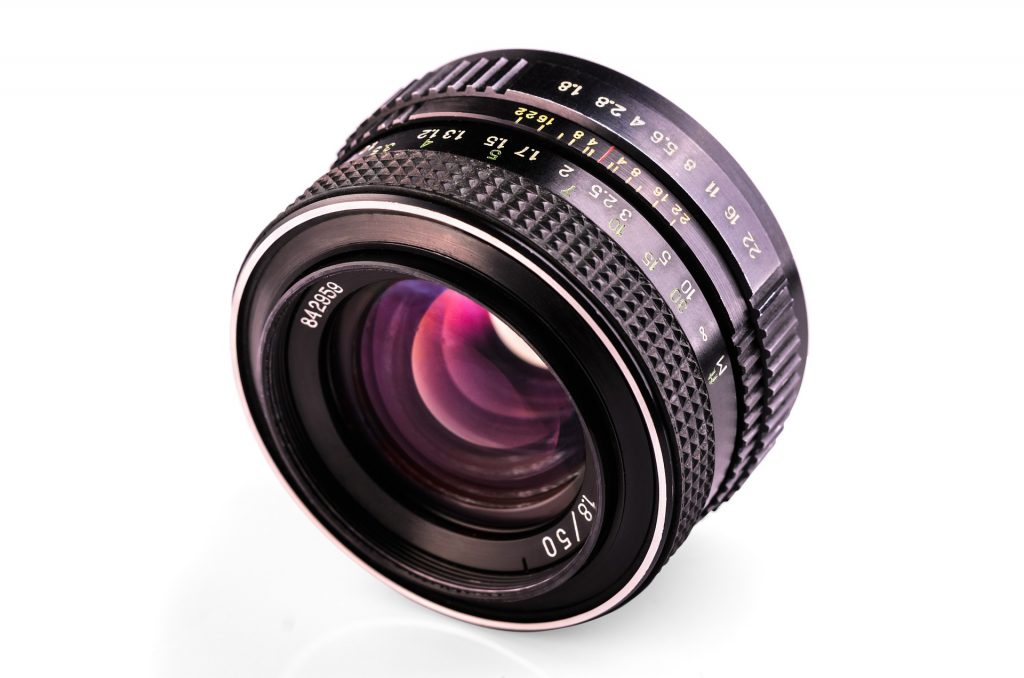 Old manual lens with aperture control