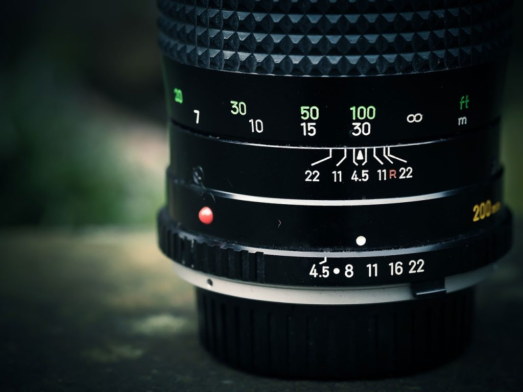 an old manual lens can be used together with a reverse adaptor as an alternative to a macro lens